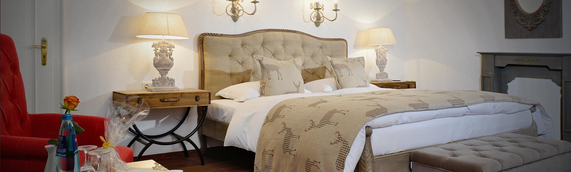 doppelzimmer f r kurzurlaub in 5 sterne hotel im schwarzwald. Black Bedroom Furniture Sets. Home Design Ideas
